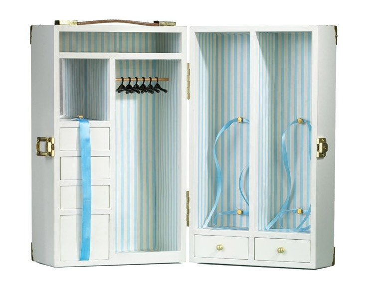 Vintage Barbie wardrobe from Barbie Collector.