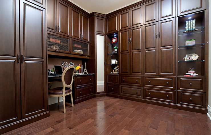 custom closets and cabinetry