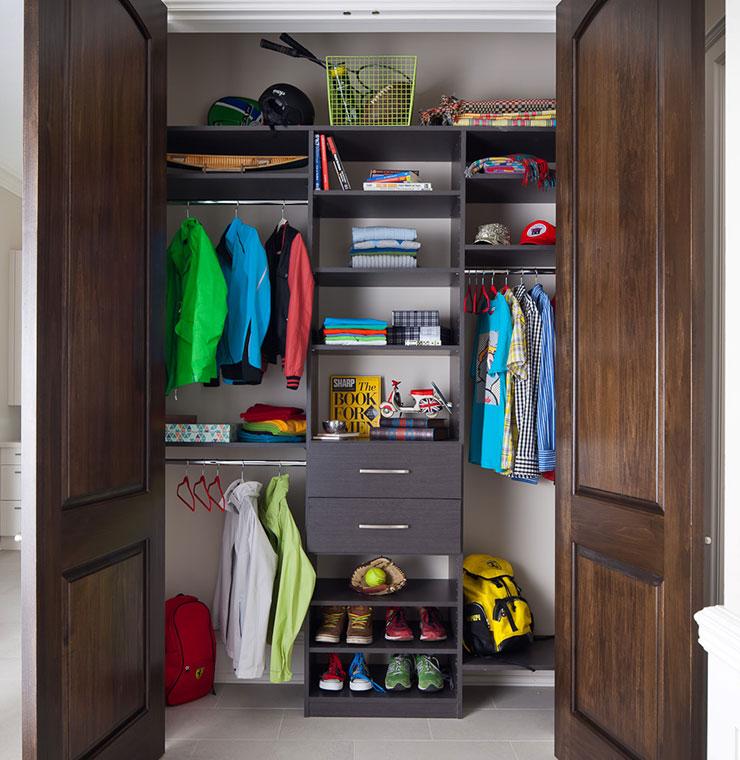 Boy's organized closet.