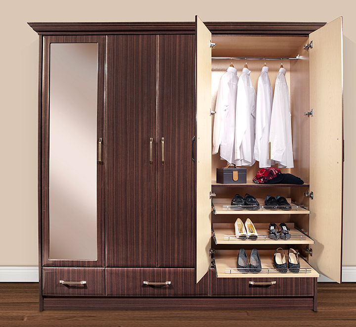 5 Easy Ways To Remedy Closet Sharing Problems With Your Spouse