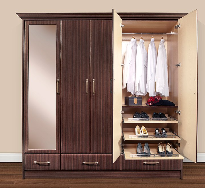 Discover The Big Benefits Of These 9 Small Closet