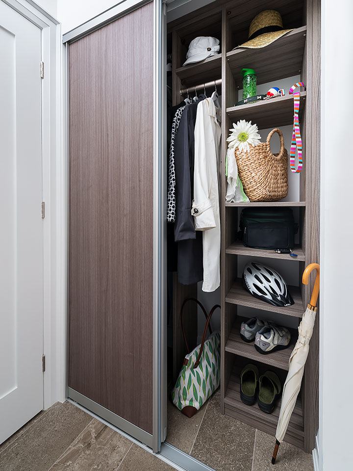 Foyer Closet : Front entryway organization helpful tips for reducing