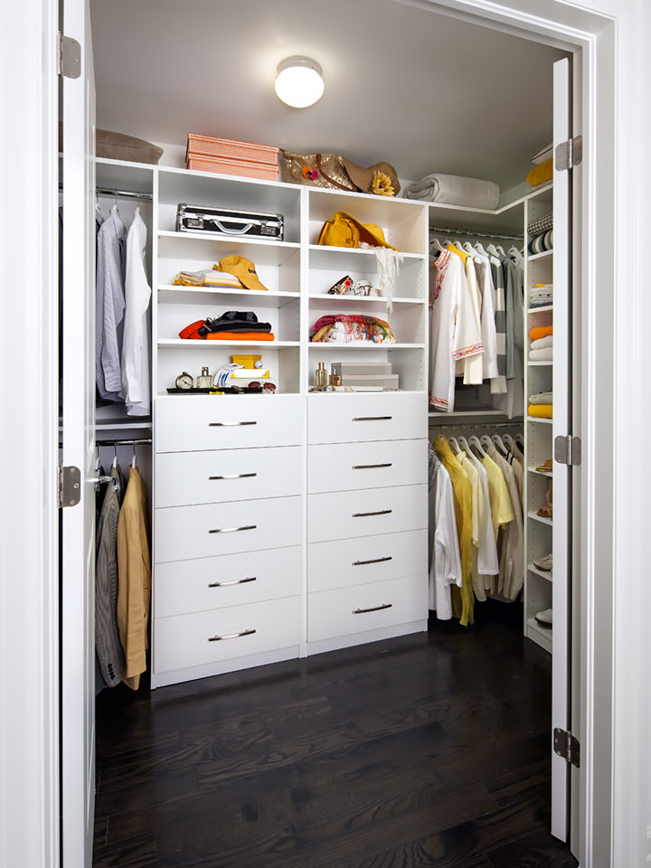 closet storage tips lighting
