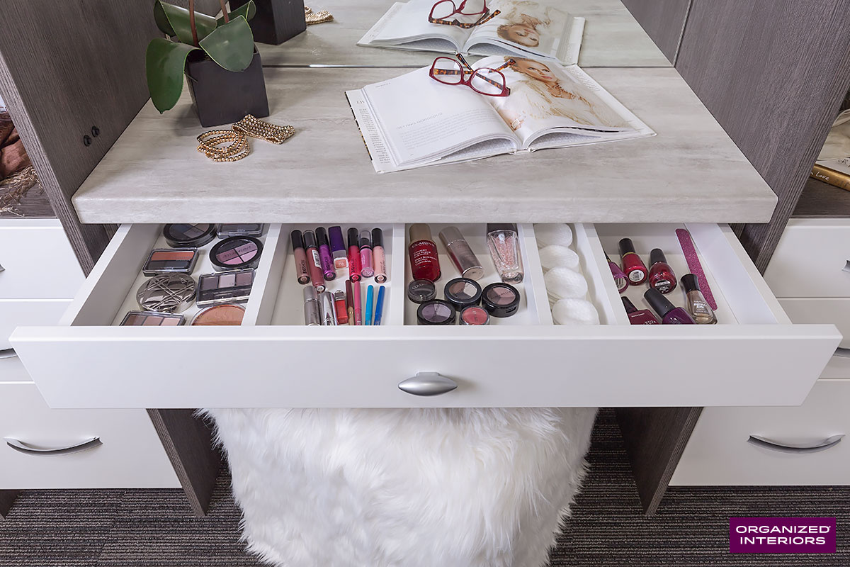 makeup table ideas open drawer