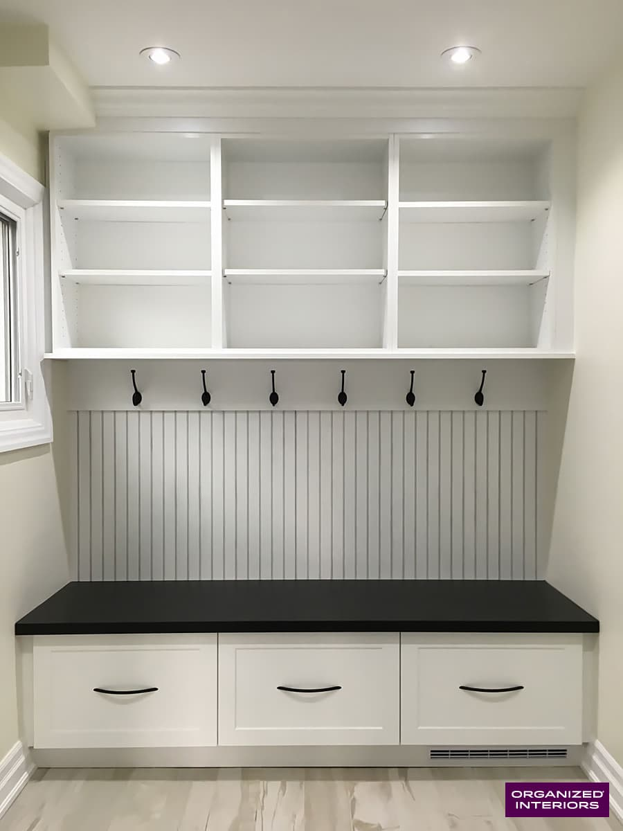 organize your home, bench in mudroom
