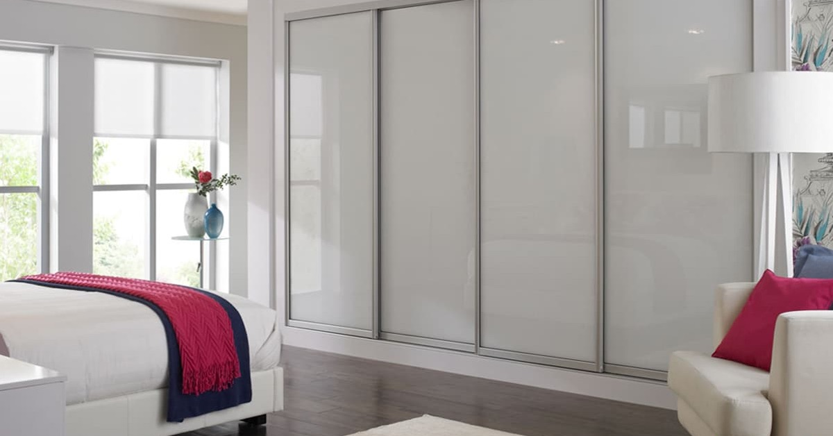 Mirrored Sliding Closet Doors