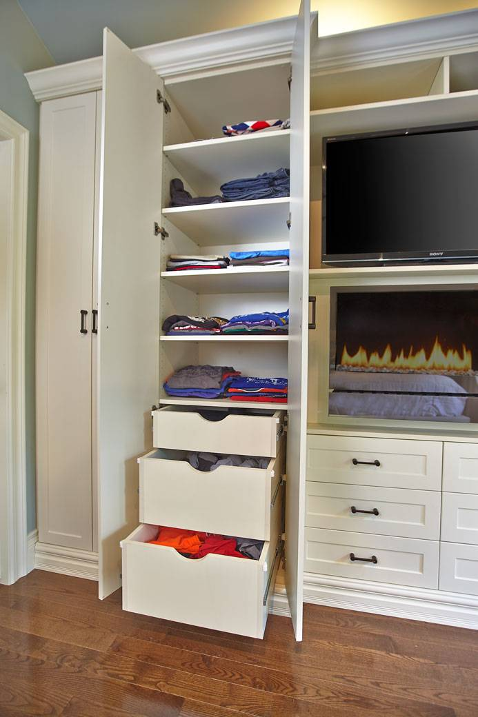 This Custom Built In Wall Unit Multi Tasks And Looks Beautiful